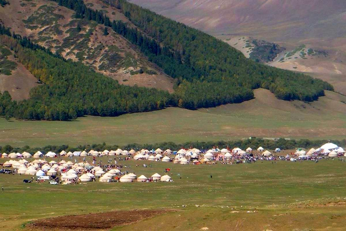 "288 Yurts Will Open in Kyrchyn Gorge as Part of ""Kyrgyz Village"" Ethno-Village During the WNG"